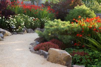 Flower Bed Planting Tips Design Flowers Gardening Blooming